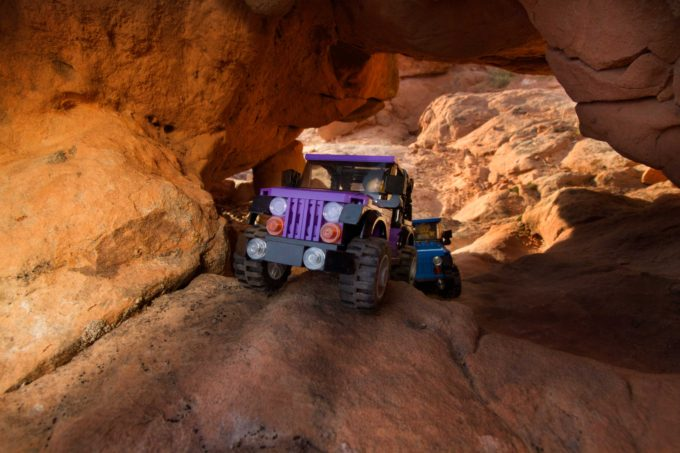 purple-jeep-under-tunnel