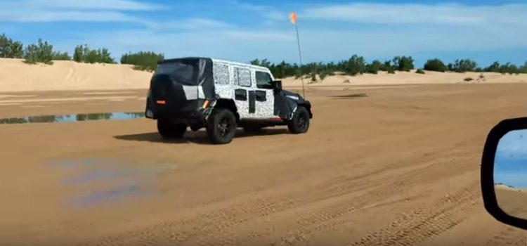 SPIED: [video] 2018 Next Gen JL Wrangler Playing in the Sand