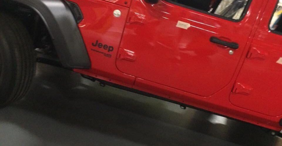 SPIED: Latest Pic of the JL Wrangler – Factory Fresh!