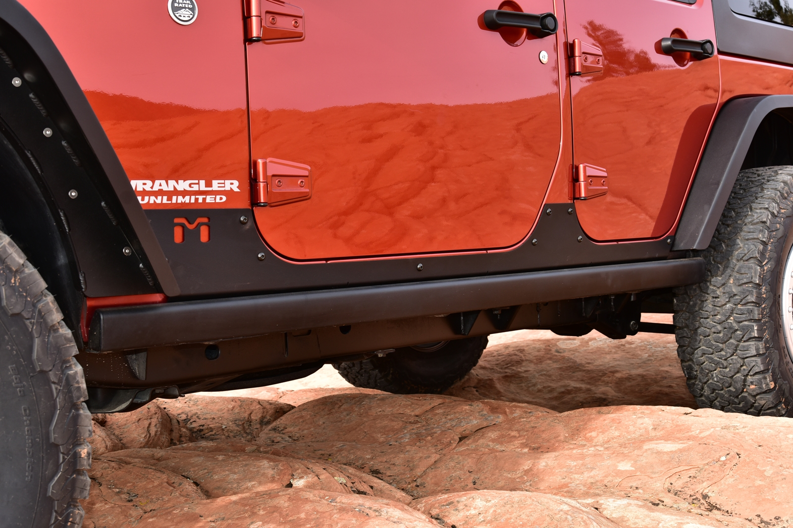 Dd Explorer Daily Driver And Backcountry All In One Hi Lift Jack Mount On Jeep Wrangler Metalcloak Jk Unlimited Rocker Exoskins Are Made Of Aluminum Provide Strength Reinforcement To Vulnerable Thin Panel Sheet Metal