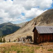 ModernJeeping into America's Mining History