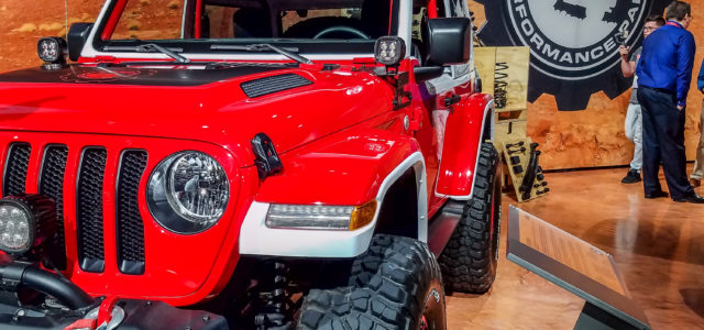 [pics] Jeeping Jessy Tells All… My First SEMA Show! [but not the last]