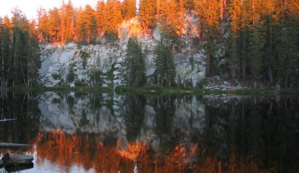 [pics] Mirror Lake – A Reflection at the End of the Trail