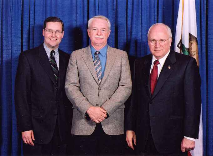 Del Albright (middle) with Congressman John T. Doolittle (L) and VP Dick Cheney (R)