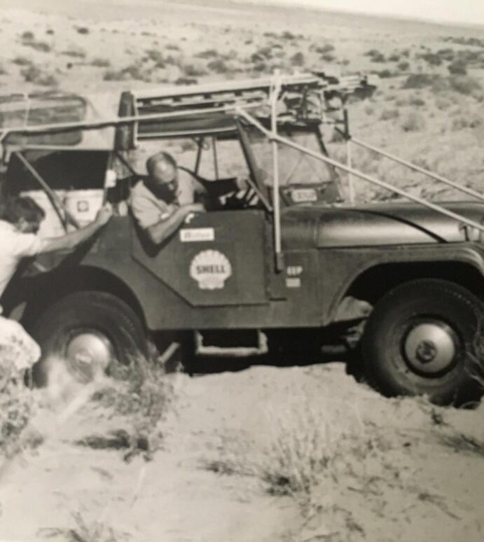 [pics] 50th Anniversary Coast-to Coast Jeep Expedition Across Australia
