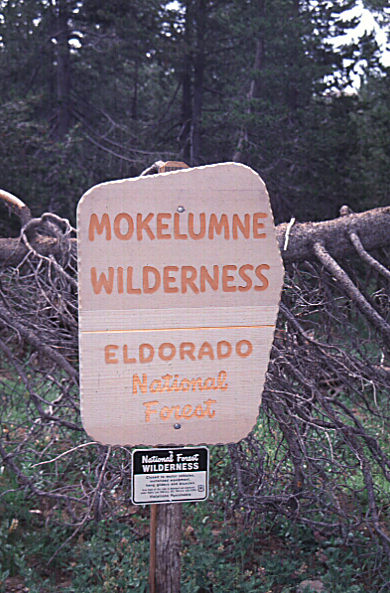ModernJeeper Del Albright pic of Mokelumne Wilderness sign prohibiting vehicular access.